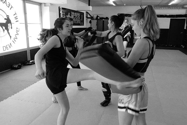 vrouwen kickboksen