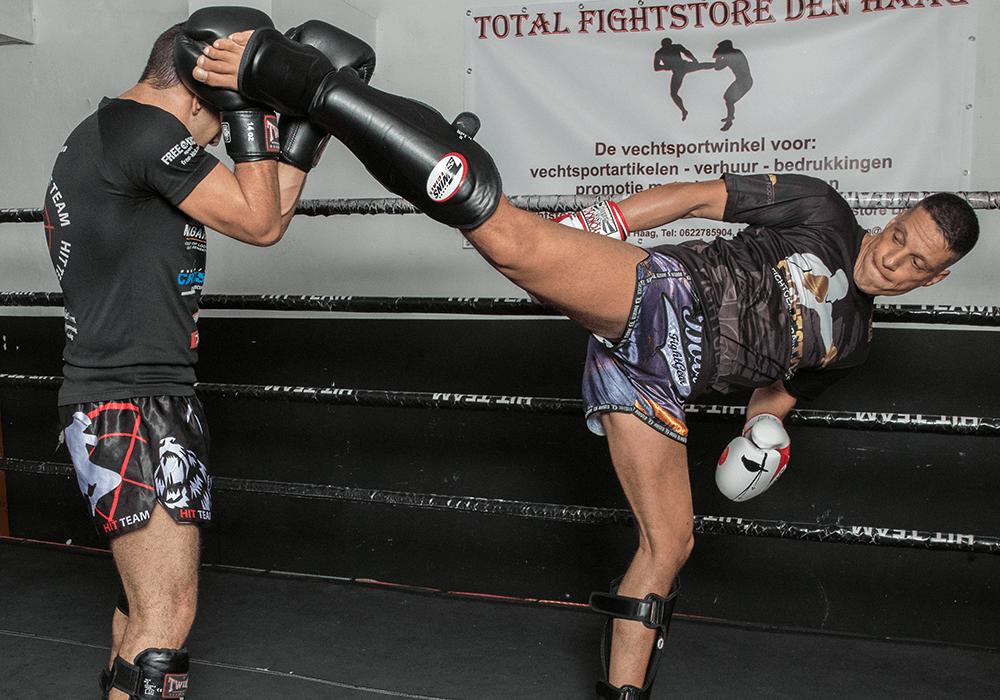 tips om harder en sneller te stoten kickboksen